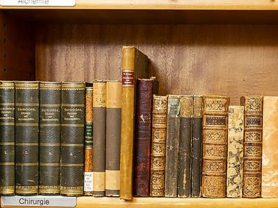 alte Medizinbücher EOS Buchantiquariat Benz -Zürich